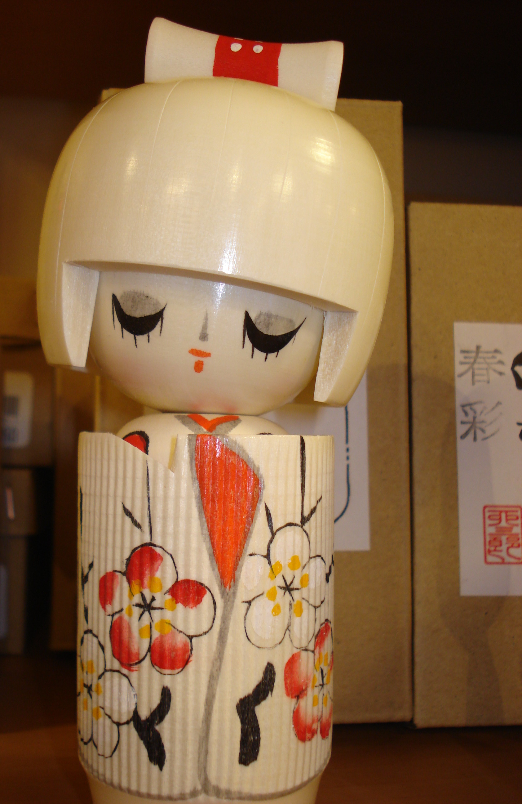 Kokeshi michmash wooden doll