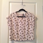 Short-sleeve bird print top